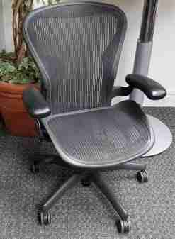 Herman Miller Aeron Chairs Size B