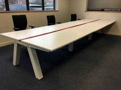 Task Unity Bench Desks