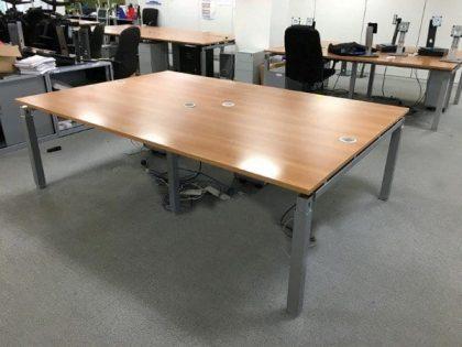 Elite Linnea Cherry Mobile Bench Desks