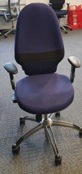 RH Logic Extend 100 Chairs