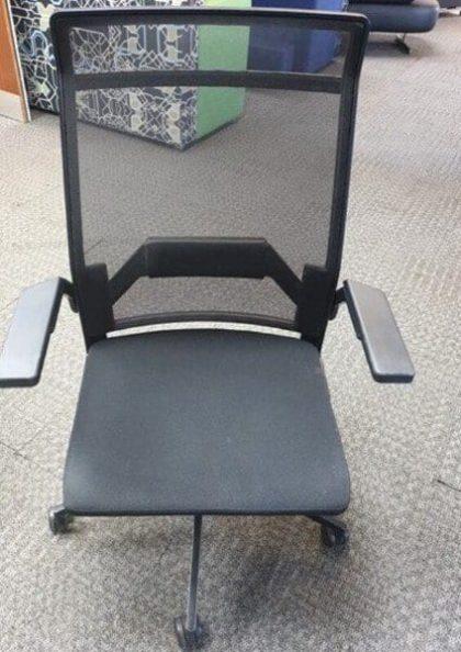 Dynamobel DIS Operator Chairs